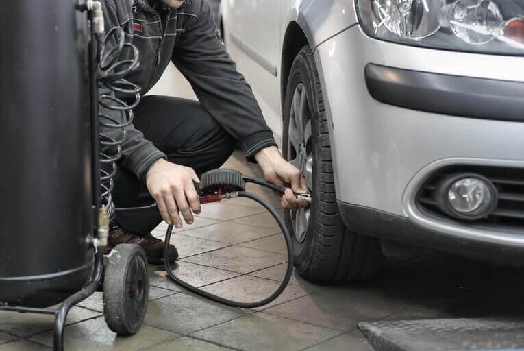 Car tyre pressure check