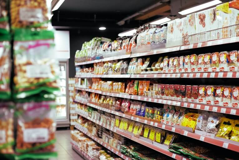 Supermarket food shelf
